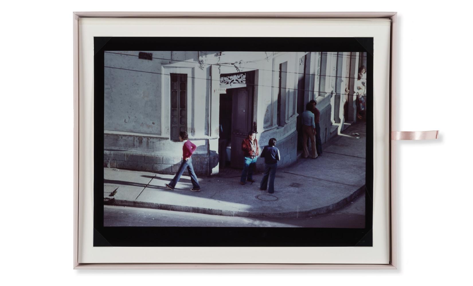 esquina-rose-rojas-toluca-studio-olivier-andreotti-08.jpg